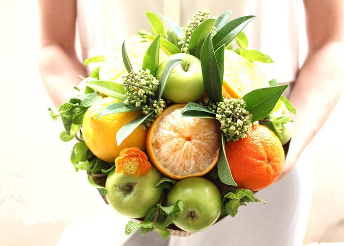 Букет из фруктов без проколов своими руками 28